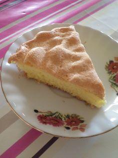 Découvrez la recette Gâteau de Savoie sur cuisineactuelle.fr.