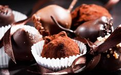 Over Free Photography wallpaper - Gourmet Chocolate 1 - - 1 wallpaper in Dream Wallpaper. Swiss Chocolate, Luxury Chocolate, I Love Chocolate, Chocolate Shop, Chocolate Truffles, Delicious Chocolate, Chocolate Desserts, Chocolate Wine, Chocolate Powder