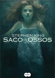 O filme Saco de Ossos (Bag of Bones), é baseado na obra de Stephen King, Bag of Bones conta a história de Mike Nooman (Pierce Brosnan), um famoso escritor que não consegue superar a perda de sua esposa, e acaba retornando a casa de veraneio do casal à beira do lago