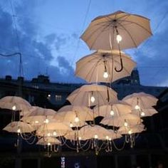 Umbrella Art - Umbrella Installation by Ingo Maurer Umbrella Lights, Umbrella Art, Outdoor Umbrella, White Umbrella, Umbrella Wedding, Fancy Umbrella, Wedding Umbrellas, Vintage Umbrella, Wedding Inspiration