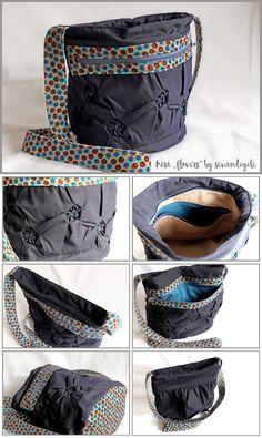 """Tasche Kira """"flowers"""" mit Blüten-Shadowfold, Innentasche und Außentasche verschiedenfarbigem Futter und Reißverschluss"""