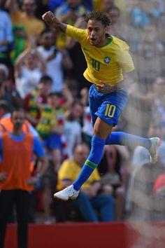 Solo Soccer, Soccer Tips, Nike Soccer, Soccer Cleats, Bale Real, Neymar Jr Wallpapers, Milan, Neymar Brazil, Chelsea