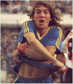 """Sergio """"Manteca"""" Martinez... Gran Goleador... 1992-1997 ... 87 goles............. Maximo goleador del Futbol argentino en 1993 y 1997...."""