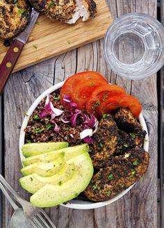 California Chicken Avocado and Red Quinoa BowlsReally nice  Mein Blog: Alles rund um die Themen Genuss & Geschmack  Kochen Backen Braten Vorspeisen Hauptgerichte und Desserts # Hashtag