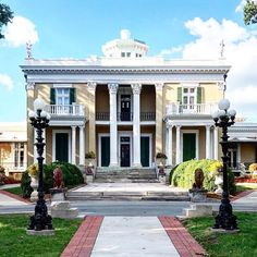 The Belmont Mansion at Photo by Belmont Mansion, Nashville, Mansions, House Styles, Home Decor, Decoration Home, Manor Houses, Room Decor, Villas