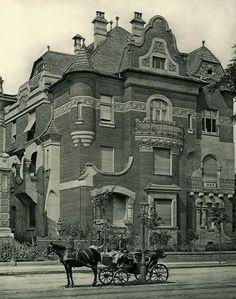 1910 körül. Dózsa György (Aréna) út 100. Old Pictures, Old Photos, Vintage Photos, Hungary Travel, Most Beautiful Cities, Budapest Hungary, Eastern Europe, Historical Photos, City Photo