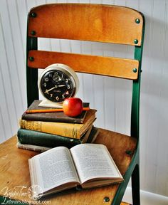 Using old school chairs to create a charming vignette via KnickofTimeInteriors.blogspot.com