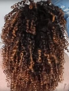 Organic shampoo for curly hair, best shampoo and concitioner for fine curly hair, shampoo curly hair Shampoo For Curly Hair, Fine Curly Hair, Thick Curly Hair, Colored Curly Hair, Curly Hair Styles, Good Dry Shampoo, Using Dry Shampoo, Which Shampoo Is Best, Batiste Dry Shampoo