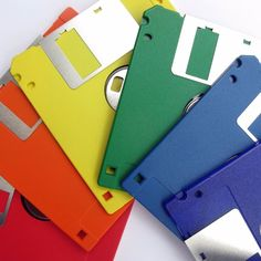 To help celebrate this back-to-school season, we've rounded up some school supplies that you probably haven't seen (or used) in years. Check out these 10 vintage school supplies from back in the day. School Tool, Old School, School Days, 90s Childhood, Childhood Memories, Inspektor Gadget, Apps For Writers, Floppy Disk, Saturday Morning Cartoons