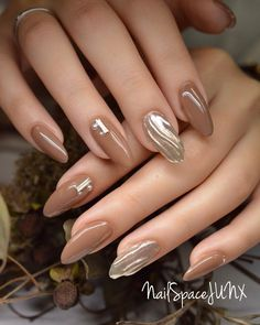 Nail art Christmas - the festive spirit on the nails. Over 70 creative ideas and tutorials - My Nails Sophisticated Nails, Elegant Nails, Classy Nails, Stylish Nails, Cute Nail Art, Cute Nails, Pretty Nails, Nail Art Designs, Diy Nails Manicure
