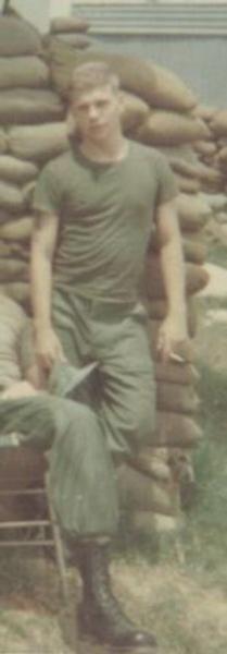 Virtual Vietnam Veterans Wall of Faces | DANIEL E KLOS JR | ARMY