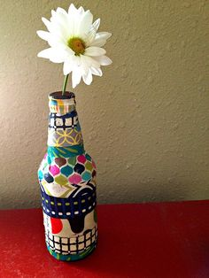 Quick Craft: Decoupage Vase from @Amy Johnson!
