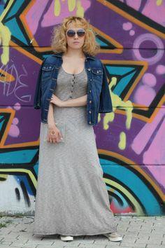 TheChiliCool Fashion Blog Italia » Fashion Blogger italiane moda ItaliaMaxi dress e sneakers con zeppa - Outfit casual estivo » TheChiliCool Fashion Blog Italia
