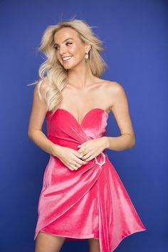 Joanna Cooper for Stellar Magazine ---- Booking: influencers@andrea.ie ------- #model #topmodel #modelagency #fashion #beauty #makeup #casual #glam #glamor #glamour #glamorous #makeupgoals #curls #accessories #contour #hairgoals #print #photoshoot #tan #magazine #covergirl #joannacooper #flawless #beachhair #straplessdress #pinkdress #dreamhair #goals #sweaterdress #jumperdress #print Strapless Dress Formal, Formal Dresses, Talent Agency, Jumper Dress, Beach Hair, Dream Hair, Model Agency, Covergirl, Hair Goals