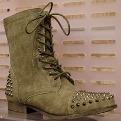 TORRID STUDDED LACE UP MOTO BOOTS SIZE 9 IN BEAUTIFUL CONDITION ONLY WORN ONCE HAS THIS RUSTIC LOOK!! THEY ARE SIZE 9W BUT IN MY OPINION CAN FIT UP TO A SIZE 10 NICELY!! torrid Shoes Combat & Moto Boots