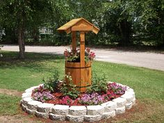 Garden Wishing Well | photo of a garden wishing well made from a Buildeazy plan and sent in ...