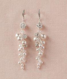 Long Pearl Bridal earrings, Swarovski crystal Earrings, Cluster Drop Earrings, Wedding Earrings, Lin