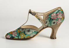 1930s, France Silk shoes with diamante clasp by Hellstern & Sons Fashion Museum Bath