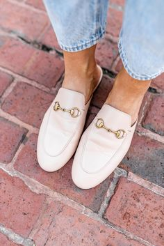 Gucci Princetown Loafer Review: Are they worth it? This post will help guide your decision on whether or not the Gucci loafer is right for you. #guccishoes #loaferreview #fashionblogreview #strawberrychicblog Gucci Loafers, Gucci Shoes, Newest Playstation, Buy Gucci, Luxury Shoes, Affordable Fashion, Shoe Brands, Cute Shoes, Cool Style