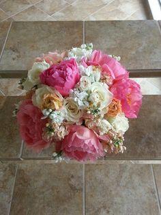 Vintage coral bouquet, by Eden's Echo