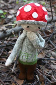 PAUL the toadstool made by Rahşan A. / crochet pattern by lalylala