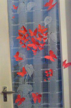 Dekoráció ajtóra Shower, Bathroom, Prints, Rain Shower Heads, Washroom, Full Bath, Showers, Bath, Bathrooms