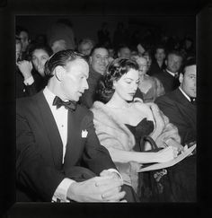 LOS ANGELES - JANUARY 10: Singer and actor Frank Sinatra attends the premier of the 'Pandora and the Flying Dutchman' with his wife who also stars in the movie, Ava Gardner, on January 10, 1952 in Los Angeles, California. (Photo by Earl Leaf/Michael Ochs Archives/Getty Images)