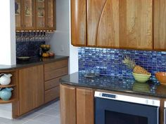 Attractive Blue Glass Tile Backsplash Iridescent Subway In A Horizontal Setting Make For Simple And Colorful Companion To Granite Countertop Kitchen Picture Uk Canada Home Depot Bathroom Design Pool Blue Tile Backsplash Kitchen, Backsplash Ideas, Mosaic Backsplash, Travertine Backsplash, Beadboard Backsplash, Herringbone Backsplash, Tile Ideas, Top Diy, Blue Glass Tile