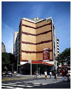 publicitárias em prédios 10