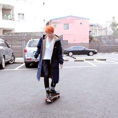jimin skateboarding (2/4)