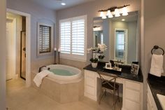 Highland Homes | Whitley Place | Master Bathroom | Prosper, TX | Plan 294