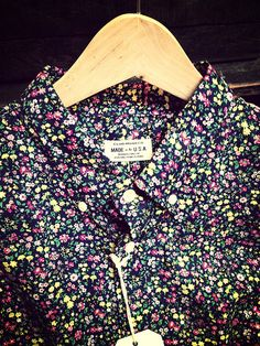 Club Monaco, floral Made in the USA button up. #fashion // #men // #mensfashion