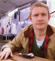 Martin Freeman and his awesome Harrington jacket (and his sexy bracelet). <--- Men wearing bracelets are OUR division <3