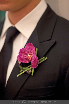 Men's Boutonniere. Grace Ormonde Wedding Style Magazine | The Luxury Wedding Source #GOWS #platinumlist #weddingstyle #graceormonde #luxuryweddings