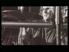 1994 Tankcsapda - Kapd be a Horgot: The second song I loved from this band. Has a nice live atmosphere, really liked their concert at the Sziget festival.
