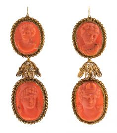 Coral long earrings, from the first quarter of the 19th Century | www.balclis.com #coral #earrings