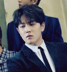 Donghyuk looks a prince Kim Jinhwan, Chanwoo Ikon, Kpop, Ikon Member, Bobby S, Dancing King, Kim Dong, Fans Cafe, Yg Entertainment