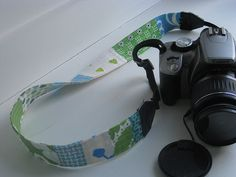 Patchwork Camera Strap. I think I want to make one!