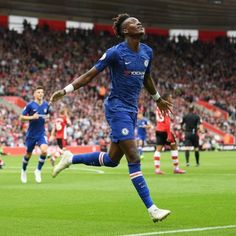 Frank Lampard has described Tammy Abraham's goal in the Blues huge away win against Southampton at St Mary's Stadium on Sunday as 'incredible'. Chelsea Wallpapers, Chelsea Fc Wallpaper, Tammy Abraham, Chelsea Players, World Cup Winners, Chelsea Football, Football Wallpaper, Southampton