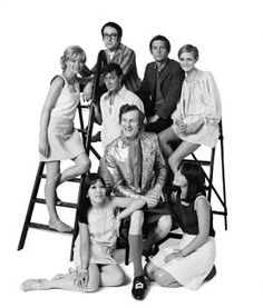 Swinging London's rich and famous portrayed by Patrick Lichfield. Back row (from left to right): Susannah York, Peter S. Cook, Tom Courtenay, Twiggy. Centre row (left to right): Joe Orton, Michael Fish Front Row (left to right): Miranda Chiu, Lucy Fleming. 18.07.1967.