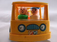 Vintage Fisher Price Little People Bus And 5 People Nice Condition.epsteam
