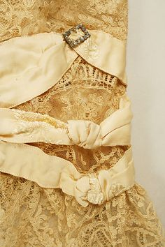 Dress (image 5)   French   1905   silk   Metropolitan Museum of Art   Accession #: 37.144.3