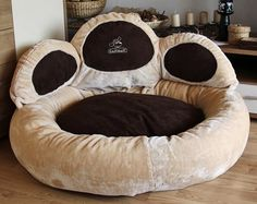 This looks soooo comfy, for humans and (big) dogs!