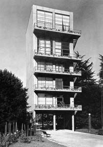 Milan, V Triennale, prototype d'habitation modulaire en acier - Luigi Carlo…