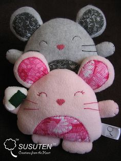 Nezumigiri Plushies by tiramisu_addict, via Flickr