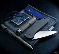 Usual Suspect Forums - www. What Is Edc, Edc Wallet, Urban Edc, Edc Gadgets, Edc Tactical, Everyday Carry Gear, Edc Knife, Edc Tools, Edc Gear