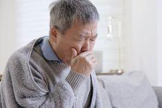 7 sinais de que você pode já ter tido COVID-19 - #covid19 #pandemia #vírus #coronavirus #sinaisdecovid #jativecovid #saude #dicas #sintomas #faltadear #olhosvermelhos #palpitações #dornopeito #forteresfriado #perdadeolfato #perdadepaladar How To Treat Allergies, Seasonal Allergies, Upper Respiratory Infection, Alzheimers Activities, Allergy Symptoms, Natural Health, Natural Remedies, Flu, People