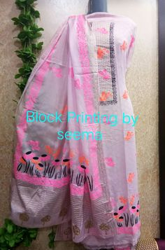 Indian Designer Suits, Indian Suits, Punjabi Suits, Hand Painted Dress, Painted Clothes, Dress Painting, Fabric Painting, Embroidery Suits Design, Embroidery Designs