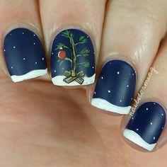 Charlie Brown tree! Christmas nails, nail art