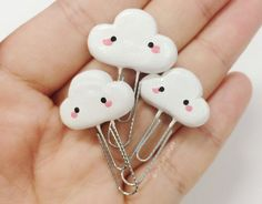 10 Kawaii Paper and Paper Clips